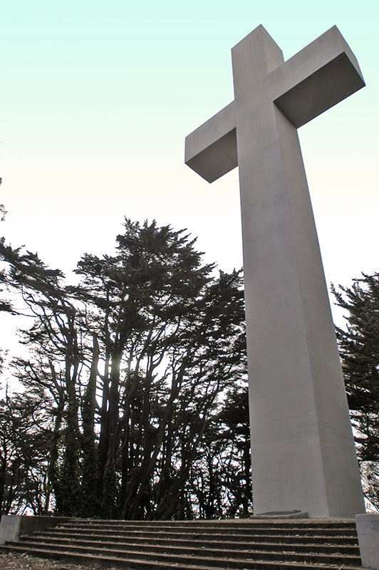 Mount_davidson_cross